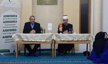 """U Sulejman-begovoj džamiji održana tribina pod nazivom """"Kako slijedimo Božijeg Poslanika s.a.v.s."""""""